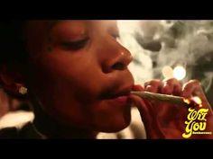 Snoop Dogg  Wiz Khalifa - Smokin On feat Juicy J [Official Music Video]