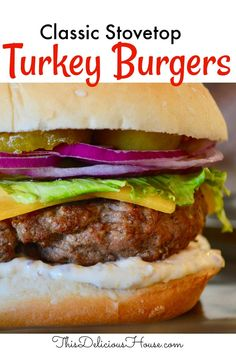 Juicy and delicious turkey burgers done on the stovetop! Don't miss this easy and tasty recipe for burgers indoors. #turkeyburgers #stovetopburgers Barbecue Recipes, Grilling Recipes, Bbq, Turkey Burger Recipes, Turkey Burgers, Stovetop Burgers, Burgers On The Stove, Easy Dinner Recipes, Dinner Ideas