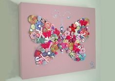A Butterfly Canvas Out Of Pins And Buttons Crafts To Do, Hobbies And Crafts, Crafts For Kids, Arts And Crafts, Craft Gifts, Diy Gifts, Handmade Gifts, Button Art, Button Crafts