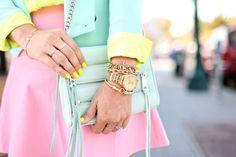 Está mezcla de colores es arriesgada pero muy acertada Uñas Neón y look #Pastelicious