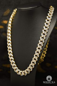 Chain in Gold Cartier Santos 100 Xl, Diamond Ice, Diamond Studs, 10k Gold Bracelet, 10k Gold Chain, Gold Chains For Men, Cuban, Best Jewelry Stores, Fine Jewelry