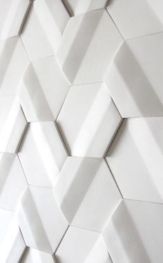 White tile module - by Pauline Gorelov Handmade tiles can be colour coordinated and customized re. shape, texture, pattern, etc. by ceramic design studios Wall Patterns, Textures Patterns, 3d Wall Panels, Concrete Tiles, White Tiles, White Marble, Tile Design, Design Design, Ceramic Design