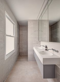 Woollahra House by Nobbs Radford Architects - Sydney Terrace Home - The Local Project Bathroom Interior, Modern Bathroom, Small Bathroom, Bathrooms, Open Space Living, Living Spaces, Sage House, Architects Sydney, Timber Screens