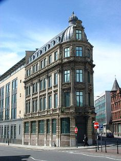 The Shankly Hotel Millenium House, 60 Victoria St, built Brick Architecture, Historical Architecture, Amazing Architecture, Architecture Details, Interior Architecture, Victorian Buildings, Unusual Buildings, Beautiful Buildings, Paris Buildings