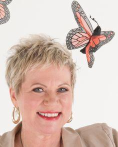 """Unsere Autorin Cora Besser-Siegmund zeigt in ihren Sachbüchern auf spannende Weise, wie wir """"Frei von Eifersucht"""" werden, """"Nie wieder Heißhunger"""" haben und """"Das Rauchen aufgeben"""". Mehr Infos gibt es hier:  http://www.dotbooks.de/profile/899937/cora-besser-siegmund"""