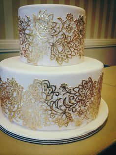 These Wedding Cakes are Too Pretty To cut! MODwedding These Wedding Cakes are Too Pretty To cut! Hochzeit These Wedding Cakes are […] cakes lace Beautiful Wedding Cakes, Gorgeous Cakes, Pretty Cakes, Amazing Cakes, Gold Wedding Cakes, Bolo Fack, Engagement Cakes, Wedding Cake Inspiration, Wedding Ideas