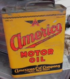 Americo Oil Can. Picked by Frank Fritz on American Pickers.