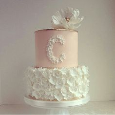 Love this cake design...simple yet delicate!
