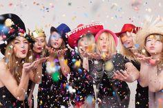 """Thomas Abraham on Instagram: """"#HochzeitsDJ #EventDJ #Hochzeit #Party Jetzt DJ & Fotobox zusammen buchen! Jetzt haben sie sie Möglichkeit mich nicht nur als DJ für ihr…"""" Oktoberfest Invitation, Italian Themed Parties, Birthday Calendar, Diy Photo Booth, Birthday Table, European Football, Game Character, Party Themes, Ideas Party"""