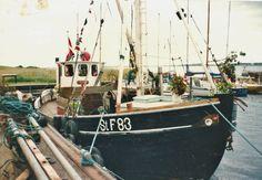 Tre generationer af familien Hansen på Bogø har sejlet med stenfiskefartøjet StF83 HAABET, Theodor, Lasse og Jan Hansen.  Samtidig sejlede familien med drivkvasen KAREN.  I sommeren 2000 blev HAABET solgt til Hornbæk.  HAABET med kendingen XP2612 blev bygget i 1913 i Bandholm og er på 16,71 BRT. Foto udlånt af Jan Hansen. Kilde: Søfartsstyrelsens skibsregister, http://skibsregister.dma.dk/