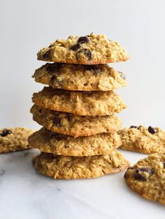 Flourless Dark Chocolate Chip Ginger Oatmeal Cookies - rachLmansfield