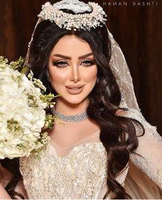 Wedding Makeup Tips, Bridal Makeup, Indian Wedding Pictures, Abaya Fashion, Muslim Fashion, Glowy Makeup, Makeup For Green Eyes, Hair Hacks, Makeup Inspiration
