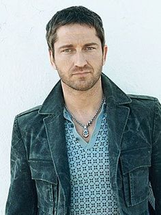 Amazing Fashion: gerard butler