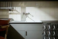 Frankfurter Küche von Margarete Schütte-Lihotzky im Moma in New York. Foto: Jonathan Savoie