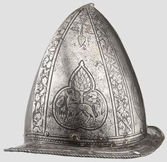 liveuationeers.com/item/2423625 An etched Italian morion-cabasset ca. 1580 : Lot 2169