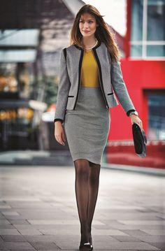 The modern woman's most elegant form is in perfect harmony of a jacket and a pencil skirt / Modern kadının en şık hali ceket ve kalem eteğin mükemmel uyumunda #woman #karaca #womenstyle #autumn #winter #fresh #pants #look #shirt #basic #jean #dress #jacket #coat #classical #spor #stylish #style #elegant #design
