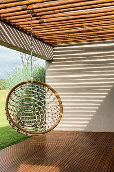 Casa de campo minimalista (Foto: Ricardo labougle)                                                                                                                                                      Mais