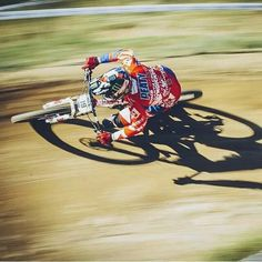 #DH #Steve Peat pinning it.... Get it....