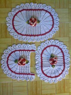 Jogo de banheiro em crochê 3 peças.