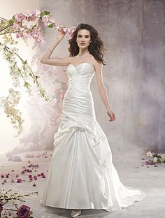 Alfred Angelo Bridal Style 2361 from Alfred Angelo http://www.alfredangelo.com/Collections/Alfred-Angelo-Wedding-Dresses/2361/?pg=2