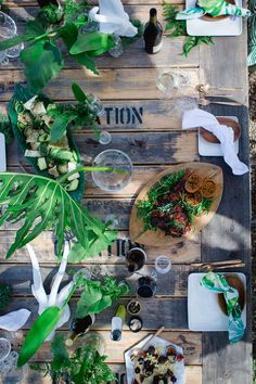 ALFRESCO FEAST | With summer on the way and my obsession with greenery + copper this table setting was a no brainer. I couldn't help myself. Paired with Creation Wines. #tablesetting #foodshoot #picnic #flowerarrangement #centrepieces #tables #outside eating #miel_meel #creationwines #Hermanus