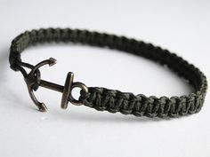 "Paracord Bracelet: ""Thin Line Bootlace Bar"" Bracelet Design Without Buckle - YouTube"