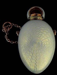 Fabergé scent flask/perfume bottle, made by workmaster Andrei Gorianov sometime between 1908 and 1917!