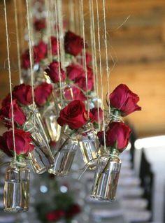 Decoração do dia dos namorados - Incluir  essa peça chave pode ser então, uma boa dica para tornar um ambiente comum em  um especial e muito mais harmônico. Nossa dica é não exagerar e lembrar-se de  usar as flores como detalhe.