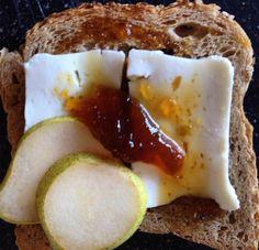 Queijos portugueses, um mundo de possibilidades... #tabuadequeijos #queijofilos #queijosdeportugal #fromage #plateaudefromages #cheeses #cheeseboard #cheeseplatter