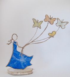 Fairy with butterflies - Paper Fairy – The Butterfly Fairy – Christian Schloe Inspiration - Sand Crafts, Wire Crafts, Diy And Crafts, Arts And Crafts, Art Quilling, Origami And Quilling, Save Water Drawing, Sculptures Sur Fil, Art Fil