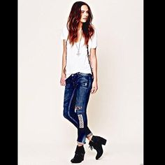 """Free People Artisan de Luxe Funky Patched Jean 27 Free People Artisan de Luxe destroyed patched stretch skinnies """"Funky Free Patched Skinny"""" Jeans Distressed denim skinny jeans with cool and colorful patched detailing. Zipper and button fly closure. 5-pocket style.  Acid-splashed detailing around hips and bottoms of legs.  Coloring and pattern of patches may vary and will differ slightly  New Without Tags  *  Size:  27  *98% Cotton, 2% Spandex  Waist (all around): 33""""  Hips (all around): 35""""…"""