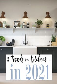 A look at design trends in Kitchens in 2021 and the top 5 decor and design trends that are going to be on every kitchen makeover plan!  #kitchendesign #kitchentrends #kitchendecor #kitchens Minimalist Kitchen, Minimalist Design, New Kitchen, Kitchen Decor, Latest Kitchen Trends, Black Kitchens, Beautiful Kitchens, Kitchen Design, Design Trends