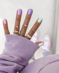 nails, nail art, pastel nails past… Cute Acrylic Nails, Cute Nails, Hair And Nails, My Nails, Teen Nails, Party Nails, Manicure At Home, Nail Art At Home, Chrome Nails