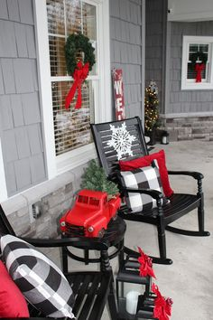 DIY Christmas decorations are fun projects to do with your family and friends. At the same time, DIY Christmas decorations […] Farmhouse Christmas Decor, Country Christmas, Christmas Home, Christmas Holidays, Christmas Crafts, Christmas Vacation, Office Christmas, Plaid Christmas, Christmas Lights