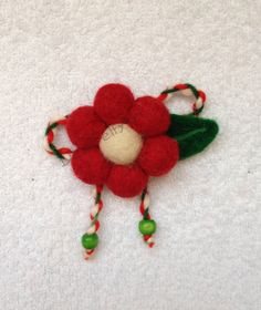 Брошка - Вълна Baba Marta, 8 Martie, Projects To Try, Felt Projects, Diy Cards, Online Art, Diy And Crafts, Burlap, Easter