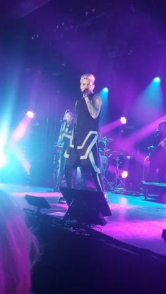 04/27/16 Adam Lambert Hamburg, Germany TOH Tour