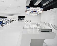 Exhibition Display, Museum Exhibition, Exhibition Stands, Porsche Showroom, Brand Architecture, Hospital Design, Museum Displays, Car Museum, Automobile