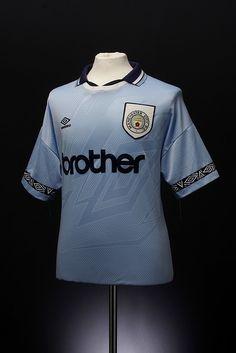Manchester City Football Shirt (home, 1993-1995) Soccer Kits, Football Kits, Football Jerseys, Football Stuff, Classic Football Shirts, Vintage Football Shirts, Football Outfits, Football Photos, Manchester City