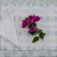 A story of artichokes and crabs. Table linens by ecru still available, email hussah@ecruonline.com if you have an interests. #ecru #table #linens #home #decor #design Read more about our linens on our blog at www.ecruonline.com