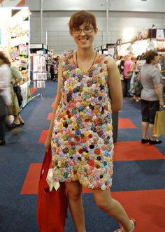 A dress made out of Yo-Yo's!!!!!!!!!!!!!!!!!  Awesome :-)