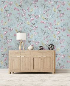 A stunning floral wallpaper print in duck egg from the Imaginarium Wallpaper Collection. Go Wallpaper UK stock a wide range of Holden Decor wallpaper. Blue Flower Wallpaper, Wallpaper Uk, Normal Wallpaper, Paper Wallpaper, Designer Wallpaper, Hummingbird Wallpaper, Shower Wall Panels, Duck Egg Blue, Home Art