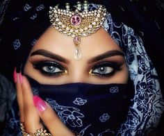 """New look 🎊 Im finally wearing eyelashes in Aries & Virgo stacked! Who likes the pop of gold glitter? Arabian Eyes, Arabian Beauty, Arabian Nights, Beautiful Hijab, Beautiful Women, Beauty Makeup, Eye Makeup, Chica Fantasy, Arabic Makeup"