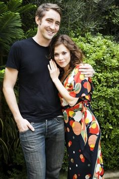 Lee Pace and Anna Friel. Pushing Daisies was such a great show.