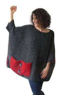 Plus Size – Over Size Sweater Dark Gray – Red Hand Knitted Sweater with Pocket Tunic – Sweater Dress by Afra – Knitting world Crochet Poncho, Hand Crochet, Hand Knitting, Plus Size Patterns, Knit Patterns, Handgestrickte Pullover, Pull Gris, Big Knits, Mohair Yarn