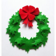 Felt Christmas Ornaments Holiday Wreath set of by PlanetaCostura, €3.90..simply charming