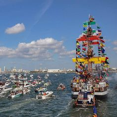 The pirates are invading! Gasparilla Tampa Bay F L R D A It's one big Party! by staysaltyflorida Visit Florida, Tampa Florida, Tampa Bay, Gasparilla Tampa, Tampa Events, Local Attractions, Big Party, Sunshine State, Great Memories