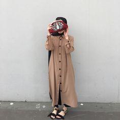 Likes, 48 Comments - Hijab Gown, Hijab Style Dress, Modest Fashion Hijab, Modern Hijab Fashion, Street Hijab Fashion, Casual Hijab Outfit, Hijab Fashion Inspiration, Islamic Fashion, Hijab Chic