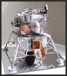 This paper model is the Apollo 13 Lunar Module Aquarius, created by uhu02. You can download the papercraft model here : Very Detailed Apollo 13 Lunar Modul
