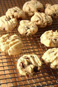 Cooks.com's Baileys Irish Cream Chocolate Chip Cookies