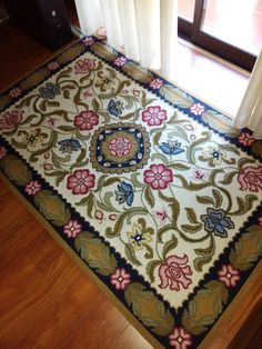 Carpet Design, Persian Rug, Cross Stitch Embroidery, Needlepoint, Projects To Try, Ornaments, Rugs, Handmade, Home Decor